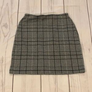 H&M Plaid Skirt Size Small